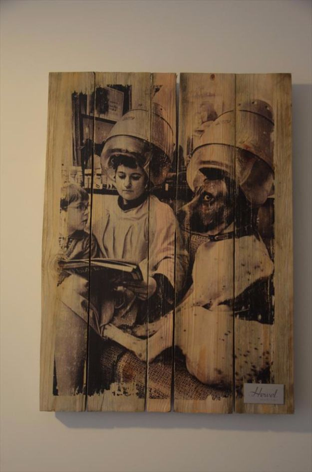 DIY Wall Art Ideas and Do It Yourself Wall Decor for Living Room, Bedroom, Bathroom, Teen Rooms   DIY Pallet Vintage Picture Wall Art   Cheap Ideas for Those On A Budget. Paint Awesome Hanging Pictures With These Easy Step By Step Tutorial