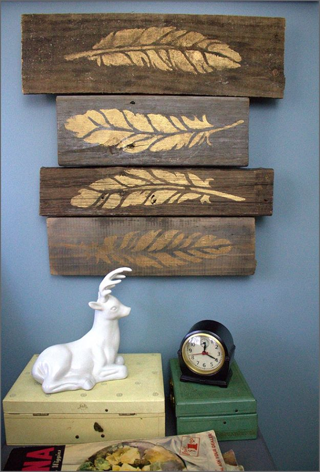 DIY Wall Art Ideas and Do It Yourself Wall Decor for Living Room, Bedroom, Bathroom, Teen Rooms | DIY Rustic Gold Leaf on Pallet Wall Art | Cheap Ideas for Those On A Budget. Paint Awesome Hanging Pictures With These Easy Step By Step Tutorial
