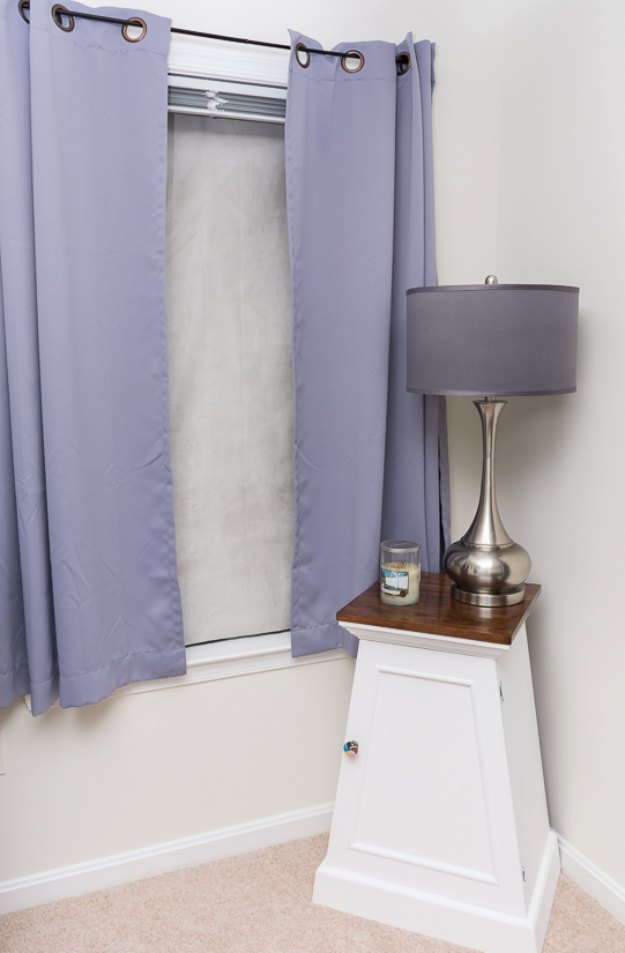 Sewing Projects for The Home - DIY Thermal Insulated Blackout Shades - Free DIY Sewing Patterns, Easy Ideas and Tutorials for Curtains, Upholstery, Napkins, Pillows and Decor #homedecor #diy #sewing