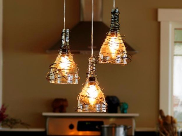 Wine Bottle DIY Crafts - DIY Wine Bottle Pendant Lights - Projects for Lights, Decoration, Gift Ideas, Wedding, Christmas. Easy Cut Glass Ideas for Home Decor on Pinterest
