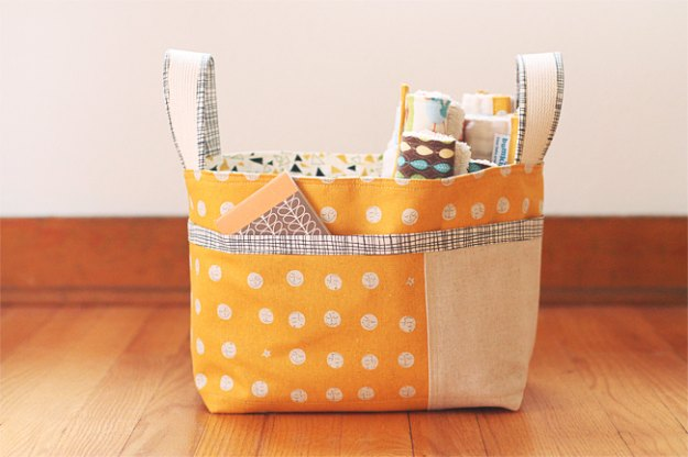 DIY Baby Gifts - Divided Diaper Basket - Homemade Baby Shower Presents and Creative, Cheap Gift Ideas for Boys and Girls - Unique Gifts for the Mom and Dad to Be - Blankets, Baskets, Burp Cloths and Easy No Sew Projects #diybaby #babygifts #babyshower
