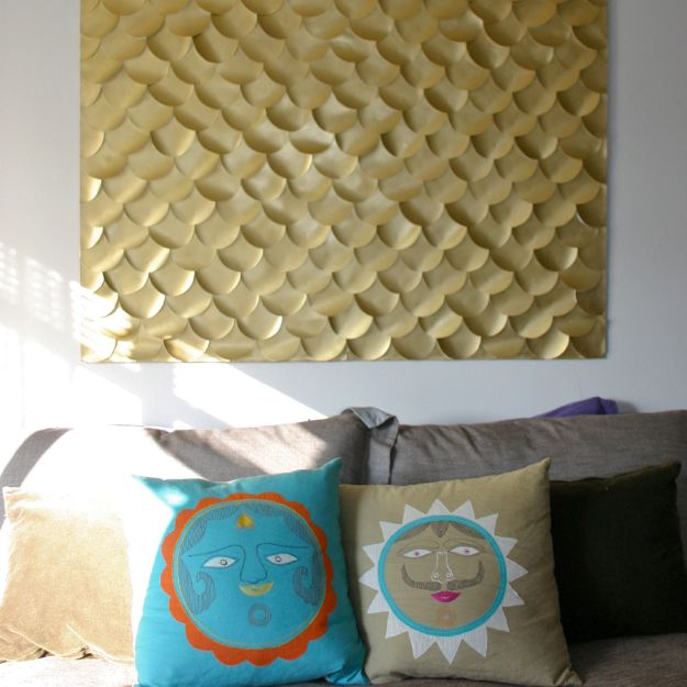 DIY Wall Art Ideas and Do It Yourself Wall Decor for Living Room, Bedroom, Bathroom, Teen Rooms | Fish Scale Wall Art | Cheap Ideas for Those On A Budget. Paint Awesome Hanging Pictures With These Easy Step By Step Tutorial