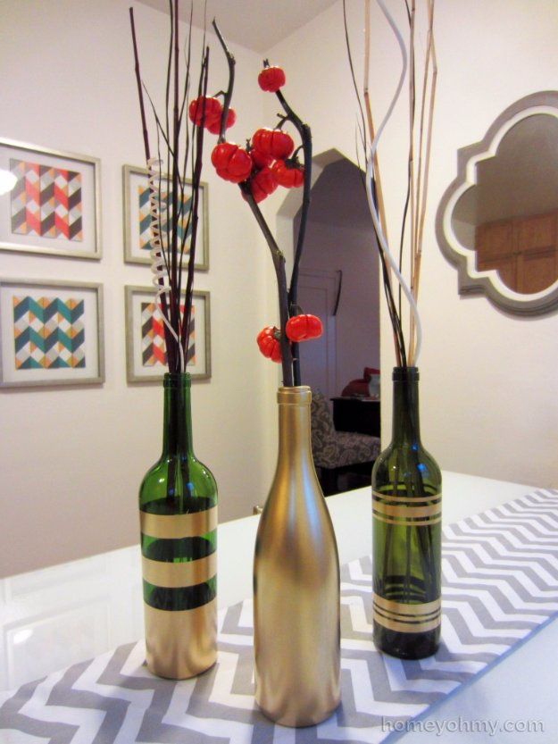 Wine Bottle DIY Crafts - Gold Painted Wine Bottle Vases - Projects for Lights, Decoration, Gift Ideas, Wedding, Christmas. Easy Cut Glass Ideas for Home Decor on Pinterest