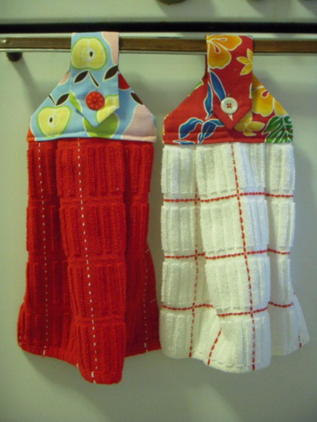 Sewing Projects for The Home - Hanging Dishtowels - Free DIY Sewing Patterns, Easy Ideas and Tutorials for Curtains, Upholstery, Napkins, Pillows and Decor #homedecor #diy #sewing