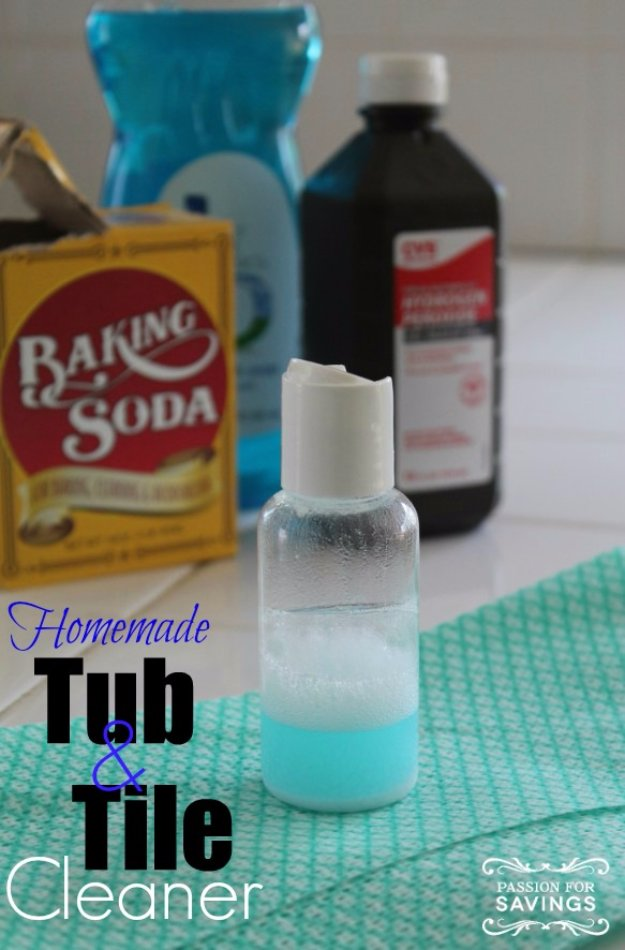 Best Natural Homemade DIY Cleaners and Recipes - Homemade Tub and Tile Cleaner - All Purposed Home Care and Cleaning with Vinegar, Essential Oils and Other Natural Ingredients For Cleaning Bathroom, Kitchen, Floors, Laundry, Furniture and More