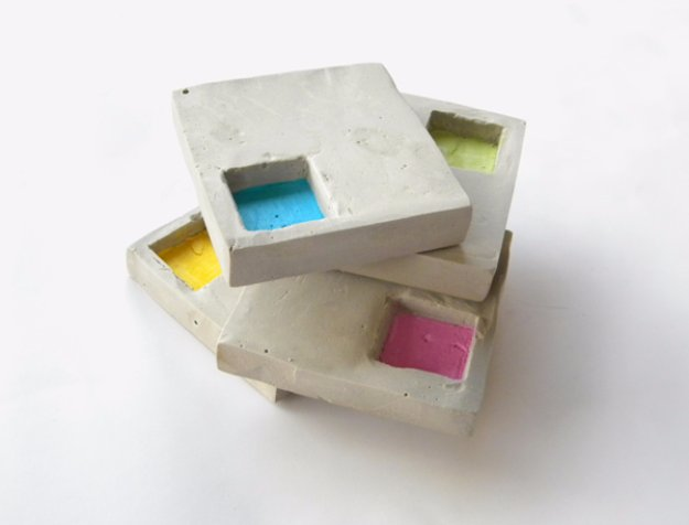 43 DIY concrete crafts - Industrial Style Geo Cement Coasters - Cheap and creative projects and tutorials for countertops and ideas for floors, patio and porch decor, tables, planters, vases, frames, jewelry holder, home decor and DIY gifts. http://diyjoy.com/diy-concrete-crafts-projects-