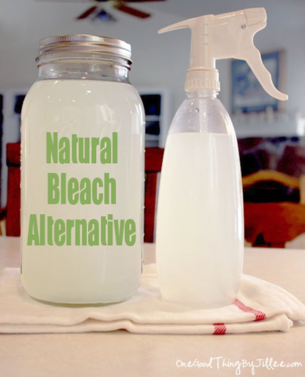 Best Natural Homemade DIY Cleaners and Recipes - Natural Bleach Alternative Recipe - All Purposed Home Care and Cleaning with Vinegar, Essential Oils and Other Natural Ingredients For Cleaning Bathroom, Kitchen, Floors, Laundry, Furniture and More