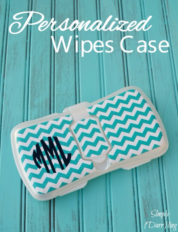 DIY Baby Gifts - Personalized Wipes Case - Homemade Baby Shower Presents and Creative, Cheap Gift Ideas for Boys and Girls - Unique Gifts for the Mom and Dad to Be - Blankets, Baskets, Burp Cloths and Easy No Sew Projects #diybaby #babygifts #babyshower