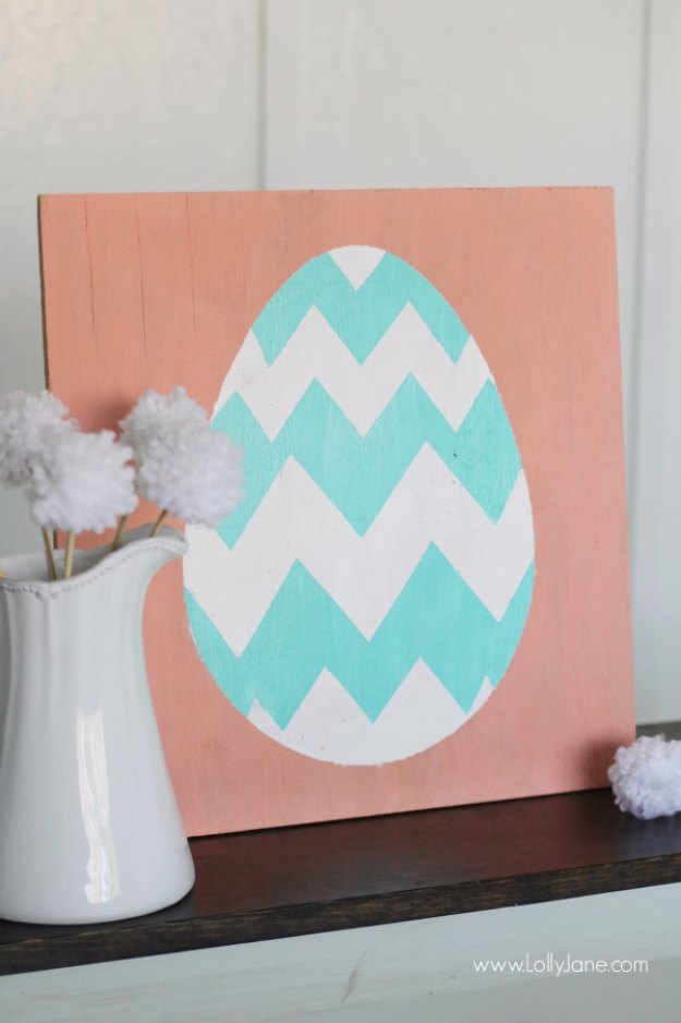 DIY Easter Decorations - Decor Ideas for the Home and Table - Spring Easter egg sign decor - Cute Easter Wreaths, Cheap and Easy Dollar Store Crafts for Kids. Vintage and Rustic Centerpieces and Mantel Decorations.