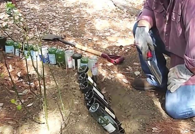 Wine-bottle-edging-for-your-garden-STEP-2