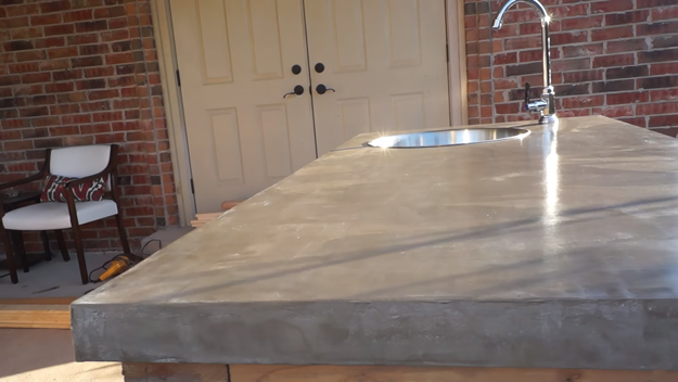 DIY Concrete Countertops Tutorial With Step By Step Instructions   Cheap  And Easy Home Improvement Projects