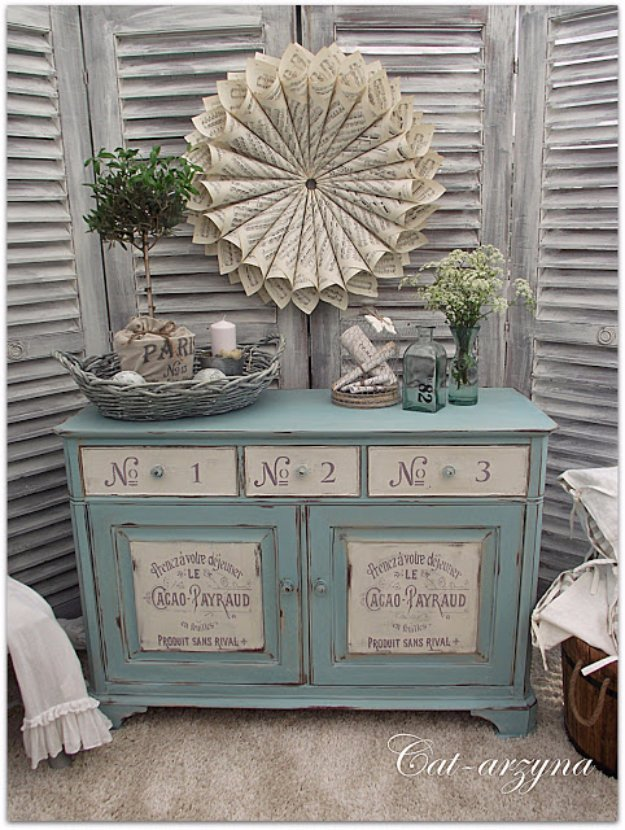 Brilliant DIY Decor Ideas for The Bedroom - Adorable French Typography Painted Furniture - Rustic and Vintage Decorating Projects for Bedroom Furniture, Bedding, Wall Art, Headboards, Rugs, Tables and Accessories. Tutorials and Step By Step Instructions
