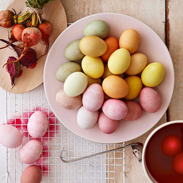 Easter Egg Decorating Ideas - All Natural Easter Egg Dye Tutorial - Creative Egg Dye Tutorials and Tips - DIY Easter Egg Projects for Kids and Adults