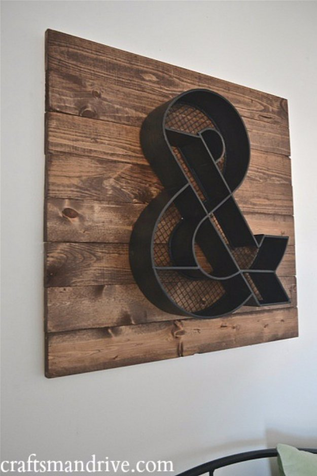 DIY Pallet sign Ideas - DIY Ampersand Wood Pallet Wall Art - Cool Homemade Wall Art Ideas and Pallet Signs for Bedroom, Living Room, Patio and Porch. Creative Rustic Decor Ideas on A Budget