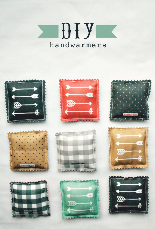DIY Sewing Gift Ideas for Adults and Kids, Teens, Women, Men and Baby - DIY Handwarmers - Cute and Easy DIY Sewing Projects Make Awesome Presents for Mom, Dad, Husband, Boyfriend, Children #sewing #diygifts #sewingprojects