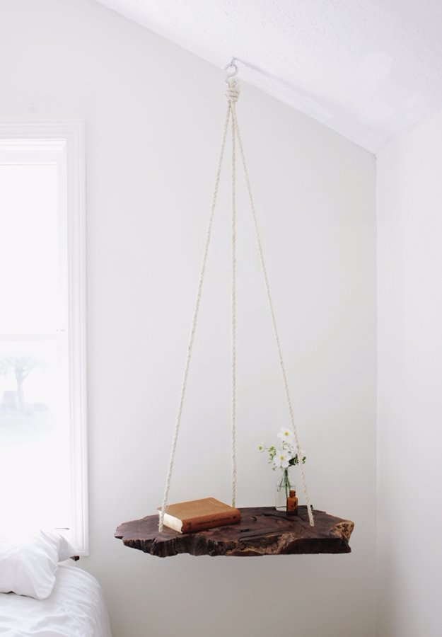 Brilliant DIY Decor Ideas For The Bedroom   DIY Hanging Table   Rustic And  Vintage Decorating