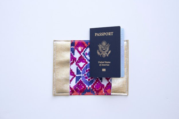 Easy Sewing Projects to Sell - DIY Leather Passport Holder - DIY Sewing Ideas for Your Craft Business. Make Money with these Simple Gift Ideas, Free Patterns #sewing #crafts
