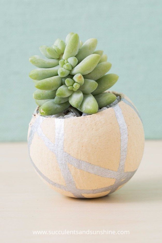 Succulents Crafts and DIY Projects - DIY Painted Planters - How To Make Fun, Beautiful and Cool Succulent Cactus Wedding Favors, Centerpieces, Mason Jar Ideas, Flower Pots and Decor #crafts #succulents #gardening