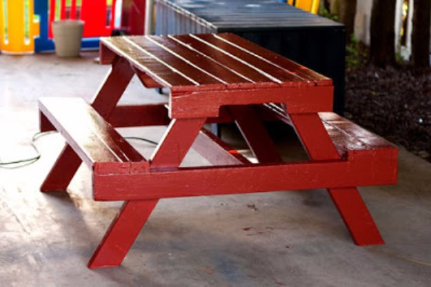 DIY Pallet Furniture Ideas - DIY Pallet Picnic Table - Best Do It Yourself Projects Made With Wooden Pallets - Indoor and Outdoor, Bedroom, Living Room, Patio. Coffee Table, Couch, Dining Tables, Shelves, Racks and Benches