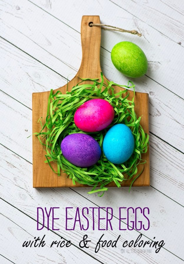 Easter Egg Decorating Ideas - Dye Easter Eggs with Rice and Food Coloring - Creative Egg Dye Tutorials and Tips - DIY Easter Egg Projects for Kids and Adults http://diyjoy.com/easter-egg-decorating-ideas