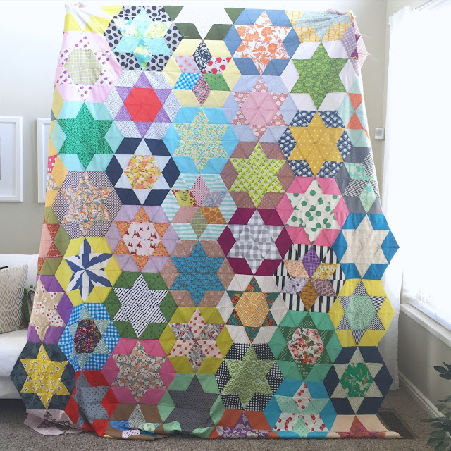 Cool Crafts You Can Make With Fabric Scraps - Fabric Scrap Star Quilt - Creative DIY Sewing Projects and Things to Do With Leftover Fabric Scrap Crafts #sewing #fabric #crafts