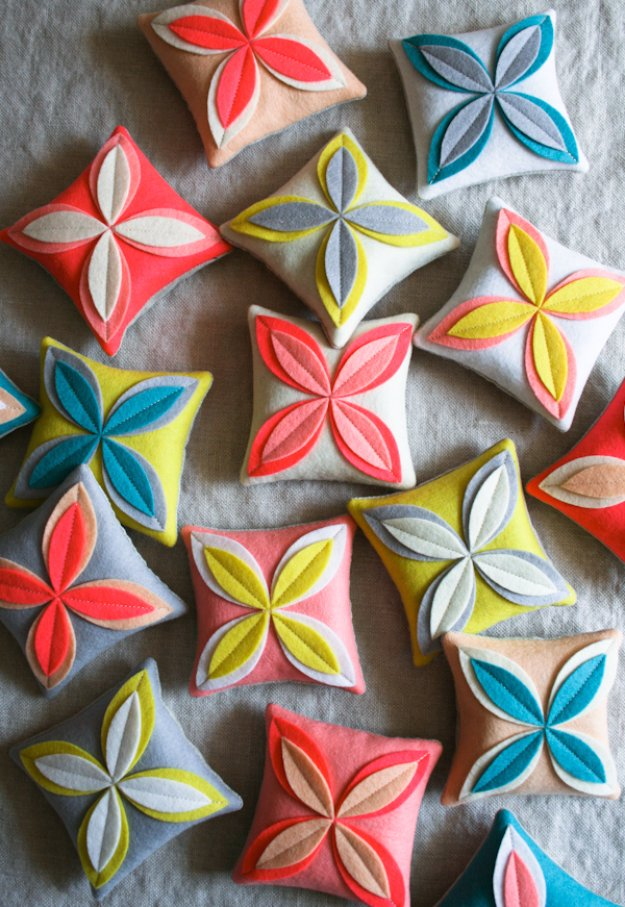 DIY Sewing Gift Ideas for Adults and Kids, Teens, Women, Men and Baby - Felt Flower Sachets - Cute and Easy DIY Sewing Projects Make Awesome Presents for Mom, Dad, Husband, Boyfriend, Children #sewing #diygifts #sewingprojects