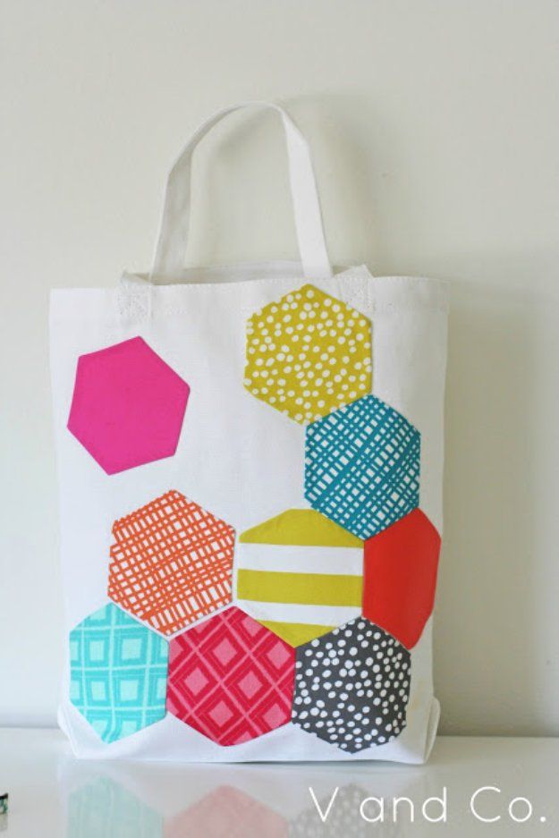 Cool Crafts You Can Make With Fabric Scraps - Hexagon Tetris Bag - Creative DIY Sewing Projects and Things to Do With Leftover Fabric Scrap Crafts #sewing #fabric #crafts