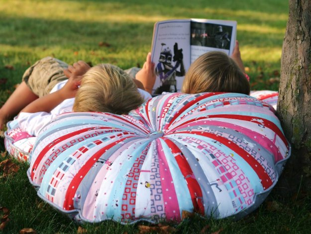 DIY Sewing Gift Ideas for Adults and Kids, Teens, Women, Men and Baby - Jelly Roll Floor Pillows - Cute and Easy DIY Sewing Projects Make Awesome Presents for Mom, Dad, Husband, Boyfriend, Children #sewing #diygifts #sewingprojects