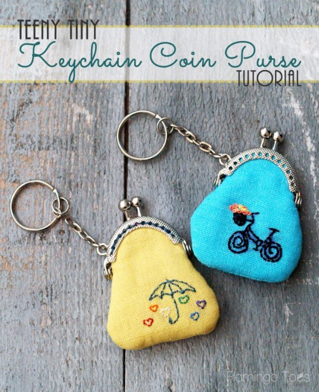 Cool Crafts You Can Make With Fabric Scraps - Key Chain Coin Purse - Creative DIY Sewing Projects and Things to Do With Leftover Fabric and Even Old Clothes That Are Too Small - Ideas, Tutorials and Patterns http://diyjoy.com/diy-crafts-leftover-fabric-scraps