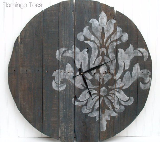 Brilliant DIY Decor Ideas for The Bedroom - Large Stenciled Pallet Clock Tutorial - Rustic and Vintage Decorating Projects for Bedroom Furniture, Bedding, Wall Art, Headboards, Rugs, Tables and Accessories. Tutorials and Step By Step Instructions