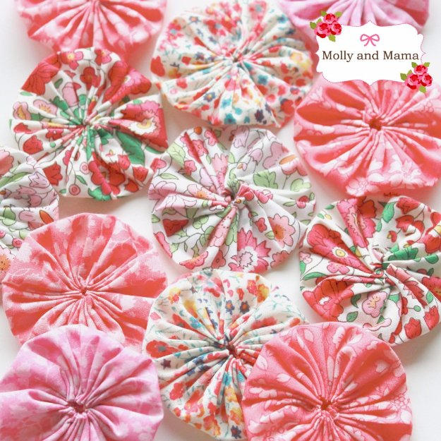 Cool Crafts You Can Make With Fabric Scraps - Make a Fabric Yo Yo or Suffolk Puff - Creative DIY Sewing Projects and Things to Do With Leftover Fabric Scrap Crafts #sewing #fabric #crafts