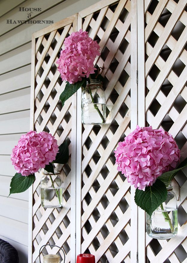 DIY Porch and Patio Ideas - Mason Jar Vase on Lattice - Decor Projects and Furniture Tutorials You Can Build for the Outdoors -Swings, Bench, Cushions, Chairs, Daybeds and Pallet Signs
