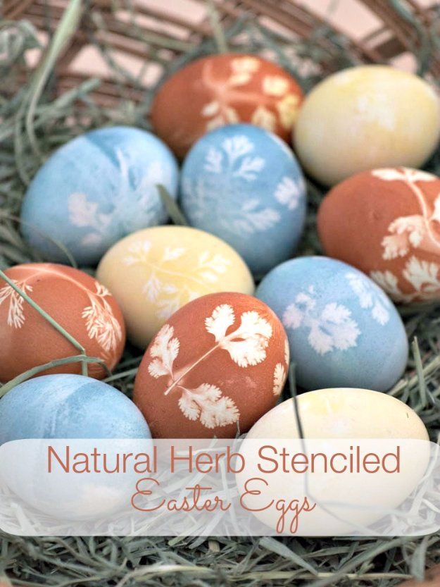 Easter Egg Decorating Ideas - Natural Herb Stenciled Easter Eggs - Creative Egg Dye Tutorials and Tips - DIY Easter Egg Projects for Kids and Adults