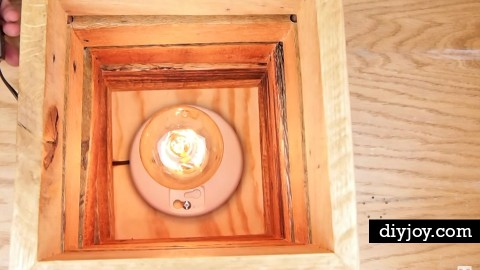 Make This Crafty Upcycled Pallet Wood Lamp [VIDEO] | DIY Joy Projects and Crafts Ideas