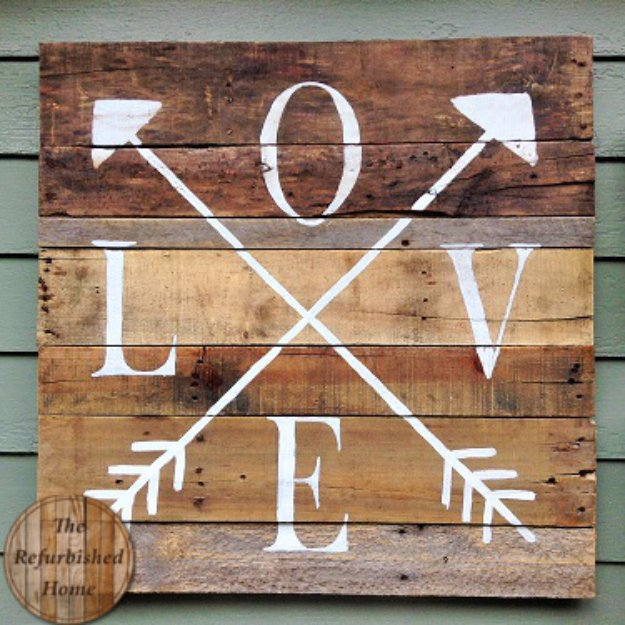 Brilliant DIY Decor Ideas for The Bedroom - Pallet Wood Love Sign - Rustic and Vintage Decorating Projects for Bedroom Furniture, Bedding, Wall Art, Headboards, Rugs, Tables and Accessories. Tutorials and Step By Step Instructions