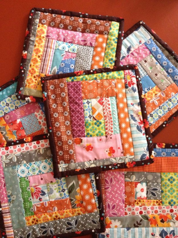 Cool Crafts You Can Make With Fabric Scraps - Potholders From Fabric Scraps - Creative DIY Sewing Projects and Things to Do With Leftover Fabric Scrap Crafts #sewing #fabric #crafts