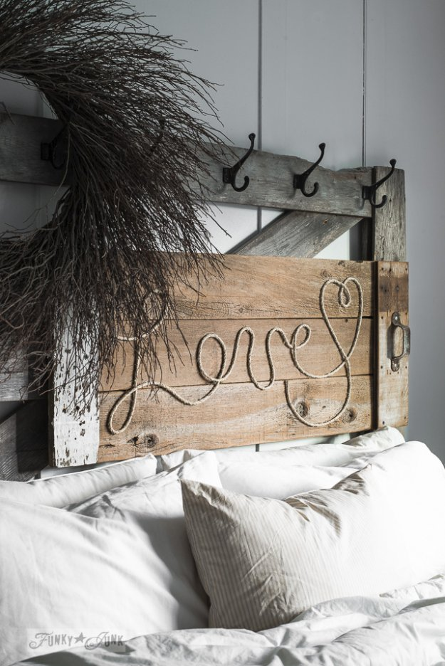 DIY Pallet sign Ideas - Reclaimed Wood Love Rope Sign- Upcycled Pallet Art Cool Homemade Wall Art Ideas and Pallet Signs for Bedroom, Living Room, Patio and Porch. Creative Rustic Decor Ideas on A Budget