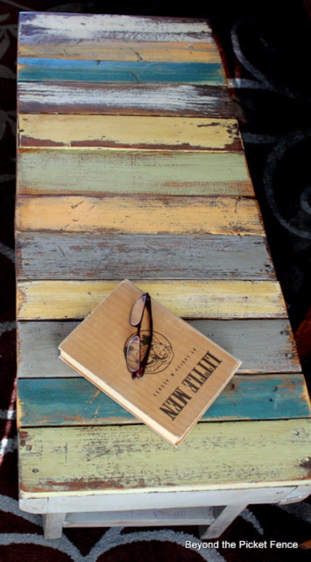 DIY Pallet Furniture Ideas - Rustic Pallet Bench - Best Do It Yourself Projects Made With Wooden Pallets - Indoor and Outdoor, Bedroom, Living Room, Patio. Coffee Table, Couch, Dining Tables, Shelves, Racks and Benches http://diyjoy.com/diy-pallet-furniture-projects