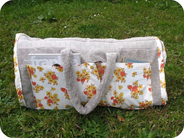 Easy Sewing Projects to Sell - Sunbathing Companion - DIY Sewing Ideas for Your Craft Business. Make Money with these Simple Gift Ideas, Free Patterns #sewing #crafts