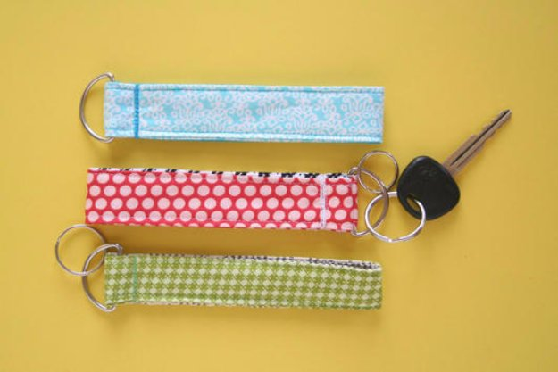 Cool Crafts You Can Make With Fabric Scraps - Super Easy Lanyard and Key Chain Wristlet - Creative DIY Sewing Projects and Things to Do With Leftover Fabric Scrap Crafts #sewing #fabric #crafts