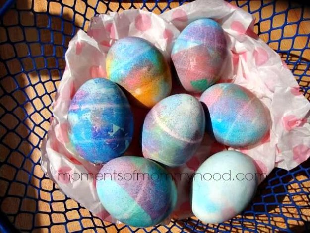 Easter Egg Decorating Ideas - Tissue Paper Dyed Easter Eggs - Creative Egg Dye Tutorials and Tips - DIY Easter Egg Projects for Kids and Adults
