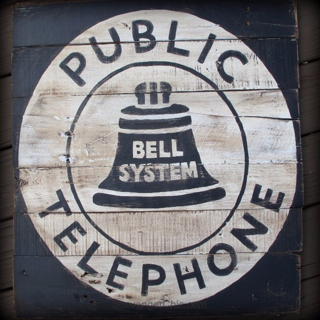 DIY Pallet sign Ideas - Vintage Style Telephone Sign DIY - Upcycled Pallet Art Cool Homemade Wall Art Ideas and Pallet Signs for Bedroom, Living Room, Patio and Porch. Creative Rustic Decor Ideas on A Budget