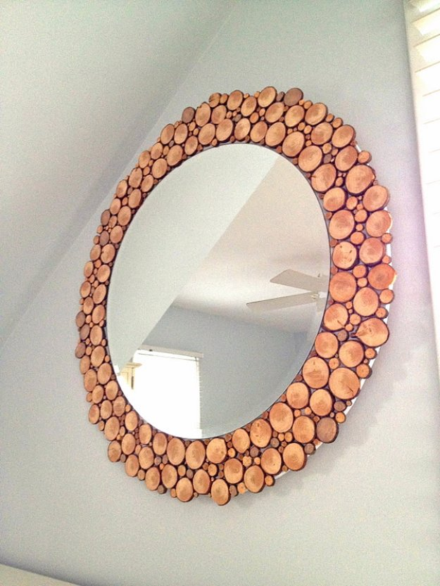 Brilliant DIY Decor Ideas for The Bedroom - Wood Slice Mirror - Rustic and Vintage Decorating Projects for Bedroom Furniture, Bedding, Wall Art, Headboards, Rugs, Tables and Accessories. Tutorials and Step By Step Instructions