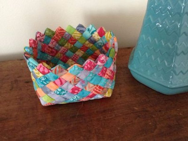 Cool Crafts You Can Make With Fabric Scraps - Woven Fabric Basket - Creative DIY Sewing Projects and Things to Do With Leftover Fabric Scrap Crafts #sewing #fabric #crafts