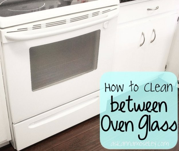 Cleaning Tips and Hacks To Keep Your Home Sparkling. Clean Between Oven Glass - Clever Ways to Make DYI Cleaning Easy. Bedroom, Bathroom, Kitchen, Garage, Floors, Countertops, Tub and Shower, Til, Laundry and Clothes