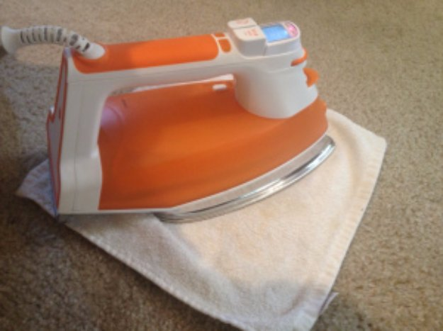 Cleaning Tips and Hacks To Keep Your Home Sparkling. Clean Stubborn Carpet Stains with an Iron and Vinegar - Clever Ways to Make DYI Cleaning Easy. Bedroom, Bathroom, Kitchen, Garage, Floors, Countertops, Tub and Shower, Til, Laundry and Clothes