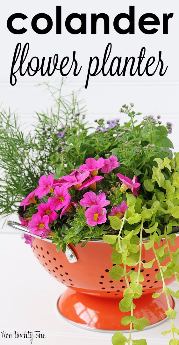 DIY Ideas for Your Garden - Colander Flower Planter - Cool Projects for Spring and Summer Gardening - Planters, Rocks, Markers and Handmade Decor for Outdoor Gardens