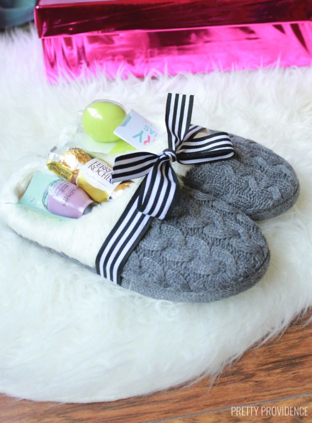 Creative DIY Mothers Day Gifts Ideas - Cozy Slippers Gift Idea - Thoughtful Homemade Gifts for Mom. Handmade Ideas from Daughter, Son, Kids, Teens or Baby - Unique, Easy, Cheap Do It Yourself Crafts To Make for Mothers Day, complete with tutorials and instructions #mothersday