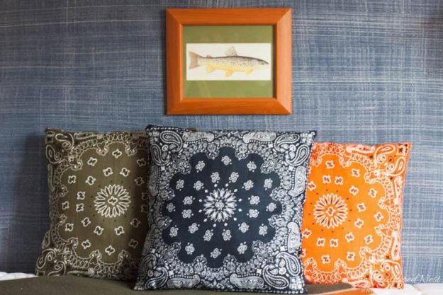 Dollar Tree Crafts - Dollar Store Bandana Pillows - DIY Ideas and Crafts Projects From Dollar Tree Stores - Easy Organizing Project Tutorials and Home Decorations- Cheap Crafts to Make and Sell #dollarstore #dollartree #dollarstorecrafts #cheapcrafts #crafts #diy #diyideas