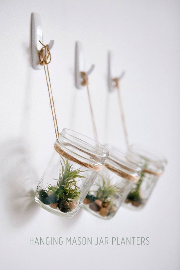 Mason Jar Ideas for Summer - DIY Hanging Mason Jar Planter with Air Plants - Mason Jar Crafts, Decor and Gifts, Centerpieces and DIY Projects With Jars That Are Perfect For Summertime - Fun and Easy Lights, Cool Vases, Creative 4th of July Ideas